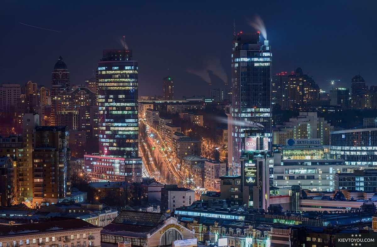 Сегодня Печерск - деловой и административный центр Киева