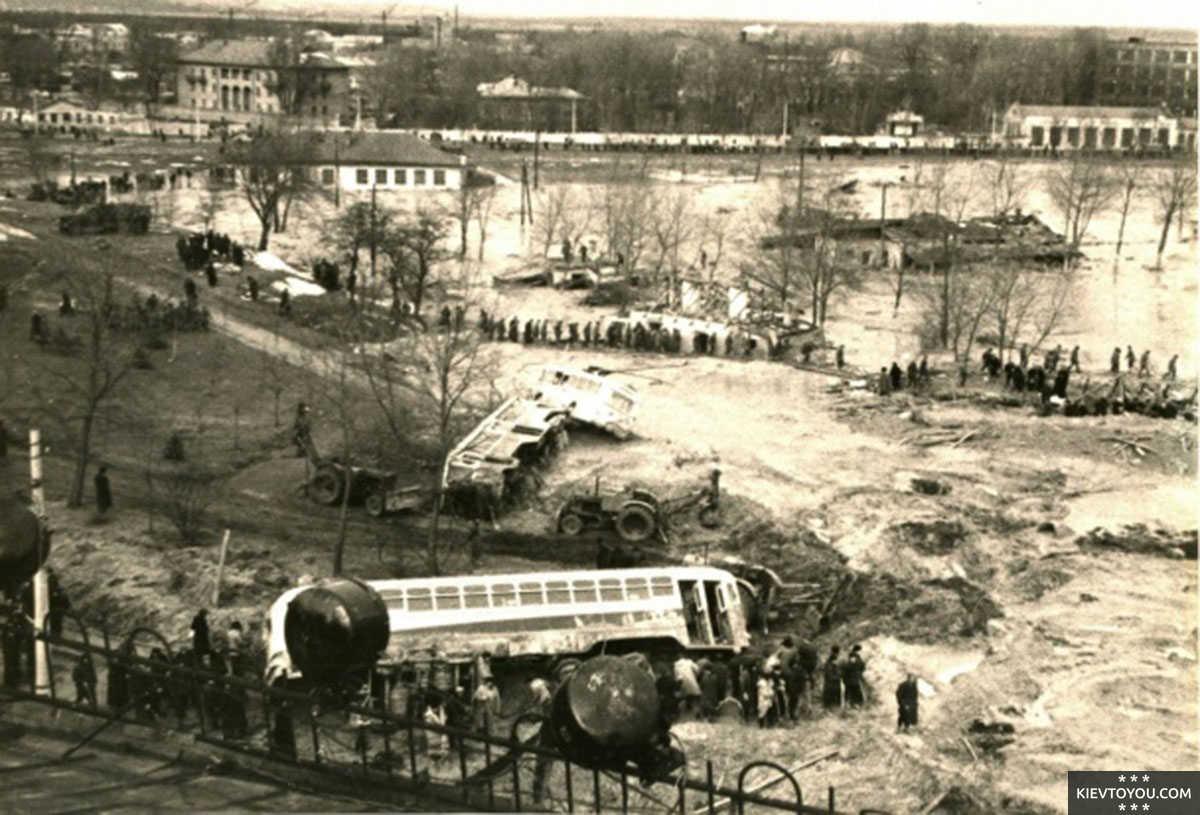 Куреневская трагедия в Киеве унесла более 1500 жизней
